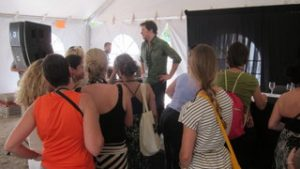 mark-with-girls-admirers-in-austin